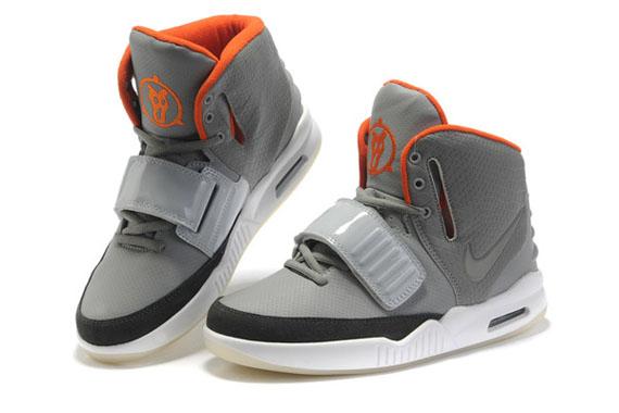 6d2e027e6 Nike Air Yeezy 2 – Fake Versions Hit The Market